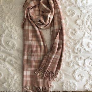 Super soft oversized buffalo check scarf